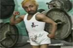 4bt_kleinster_bodybuilder.jpg